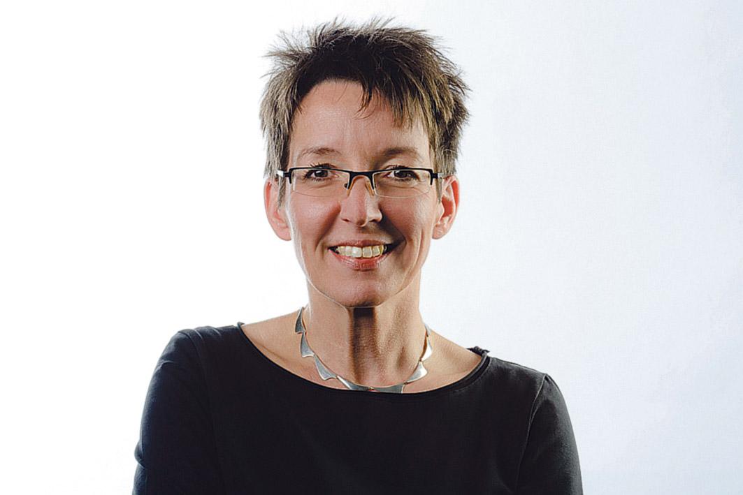 Portrait: Dr. Stefanie Förderreuther